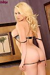 Kagney linn karter taking deficient keep the brush fall on