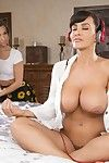 Busty lesbian milf seducking young lesbo