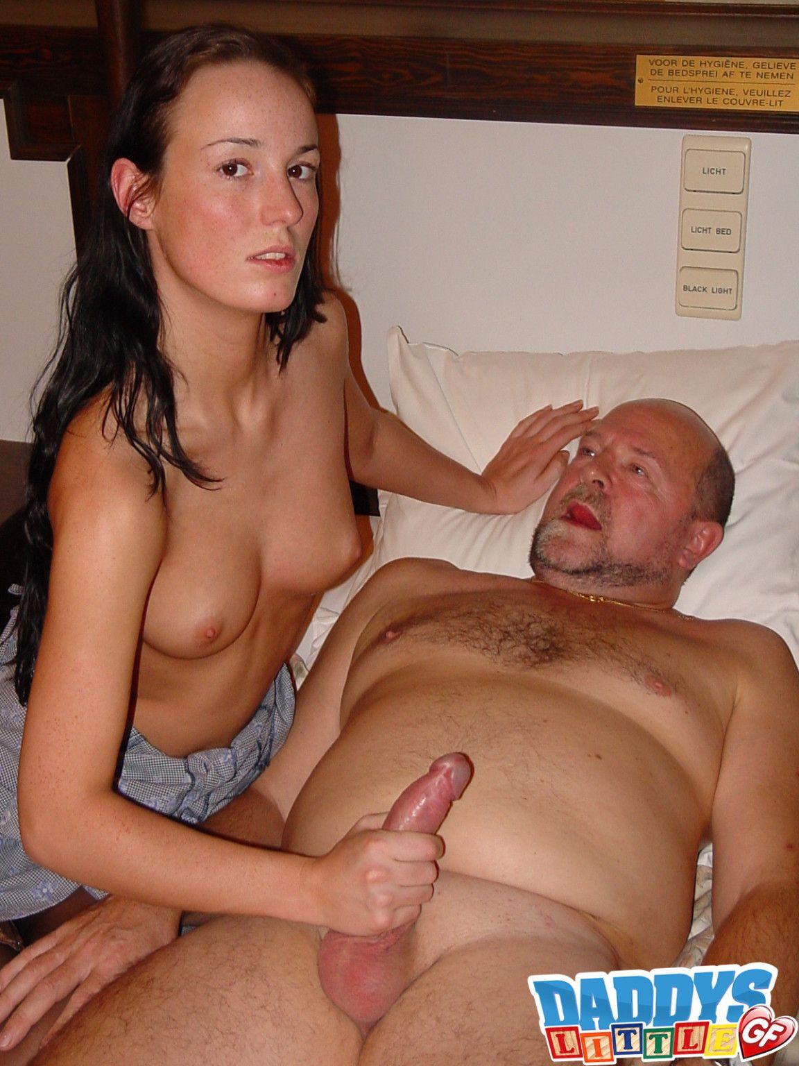 Skinny slut dildo in ass