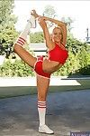 Flexible babe Briana Blair denudes arse plus hooters at the sports class